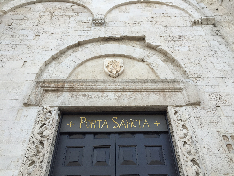 News basilica san nicola - Immagini porta santa ...